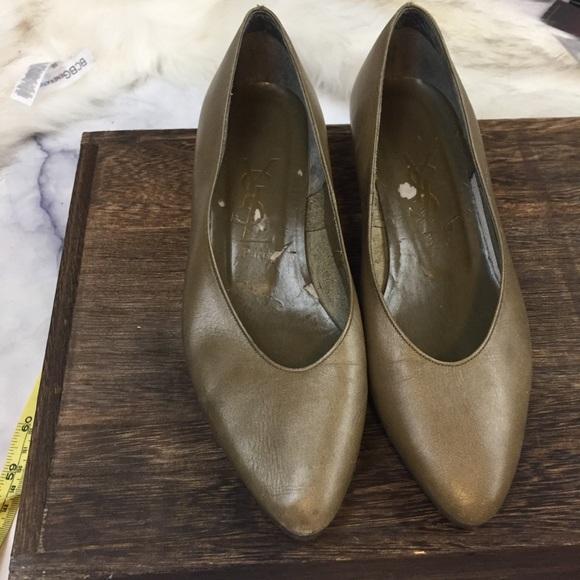 079b95672d9 Yves Saint Laurent Shoes   525 Ysl Olive Leather Heels Sz 34 Euro ...